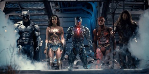 14843163671justice-league-team-together